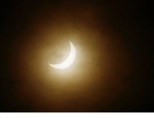 Els solsticio y el eclipse nos invitan a encender nuestra luz